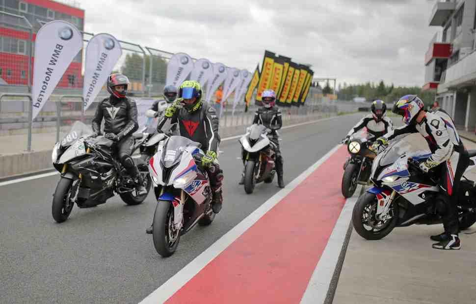 Не просто тест-драйв: главный секрет успеха BMW Motorrad в России