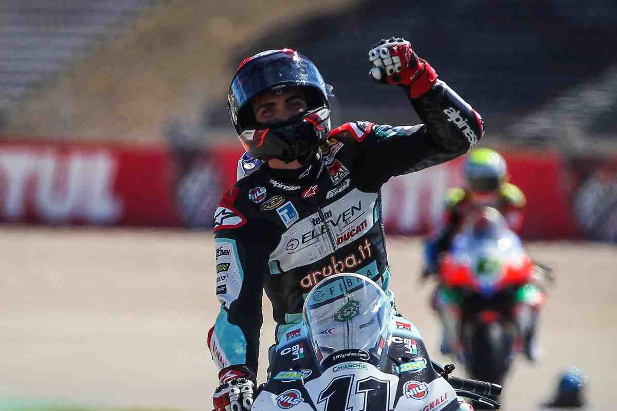 WSBK: BMW Motorrad ������ ����������� ������ ���� � Ducati