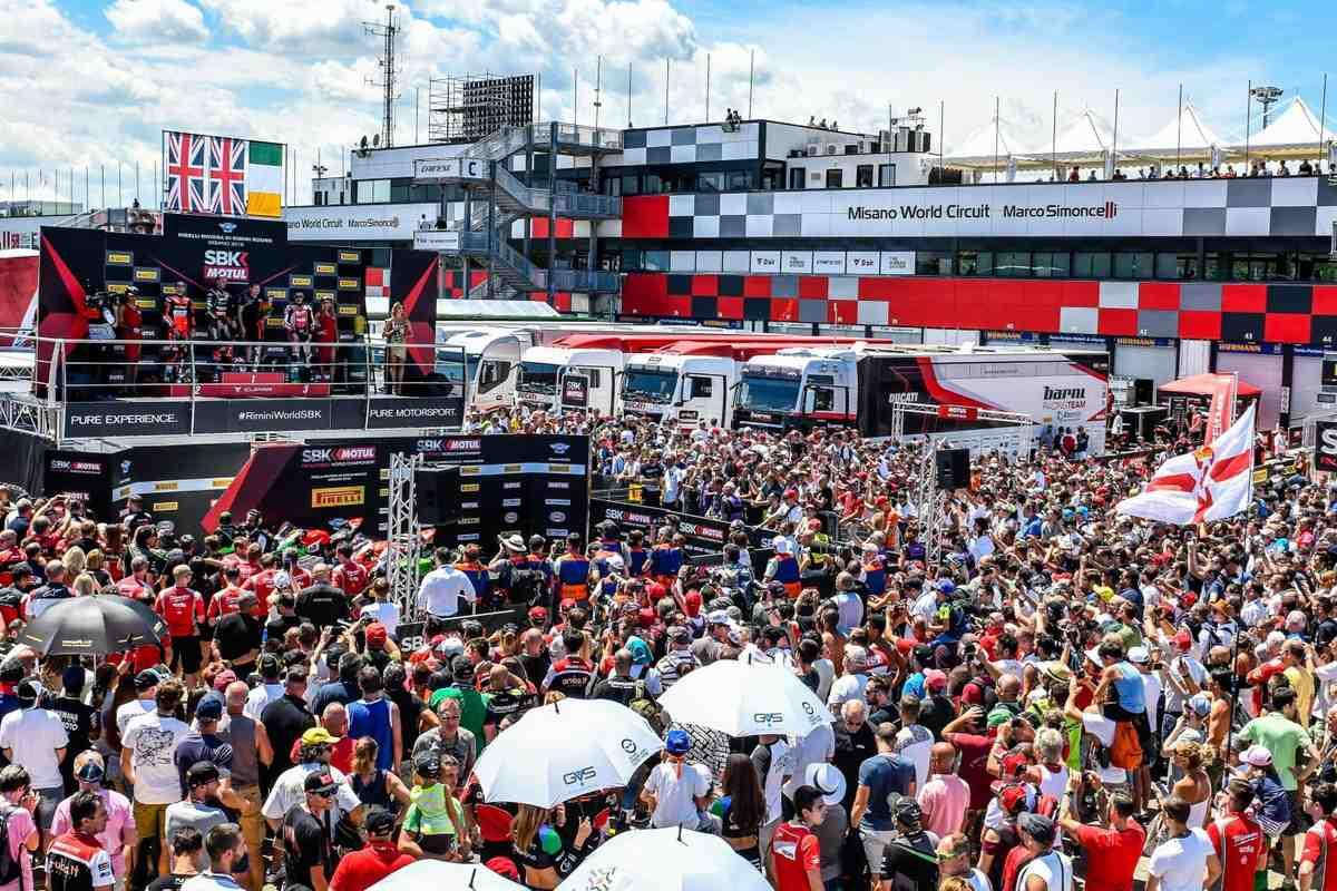 Мизано откроет двери для зрителей на WorldSBK и MotoGP