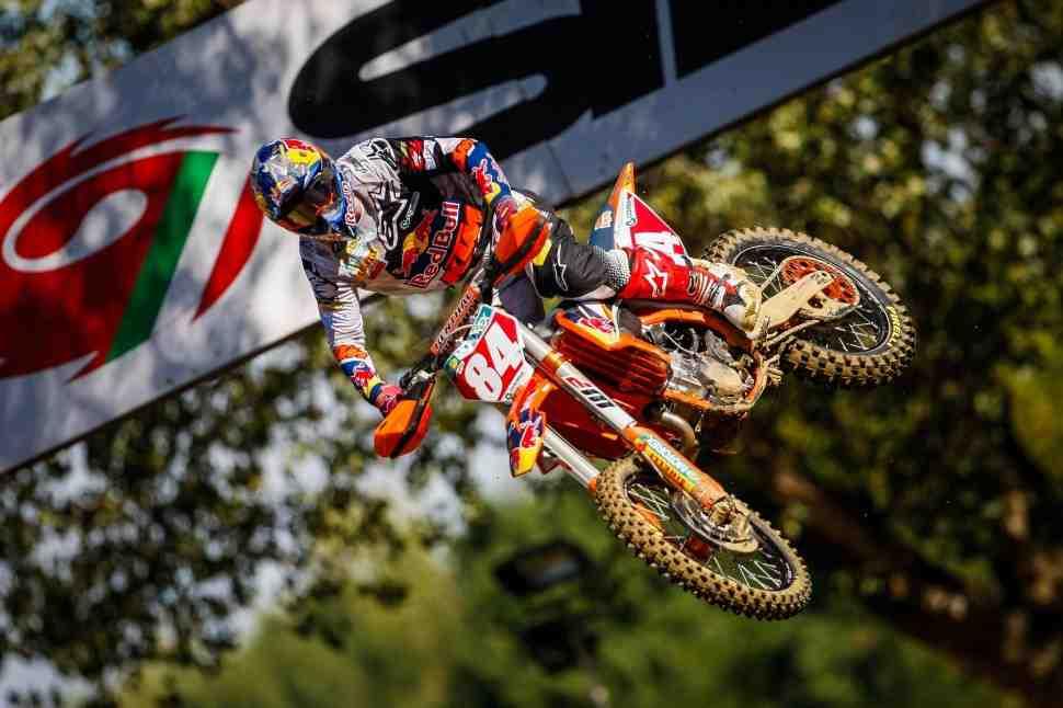 Мотокросс: результаты всех заездов и Гран-При Италии MXGP/MX2