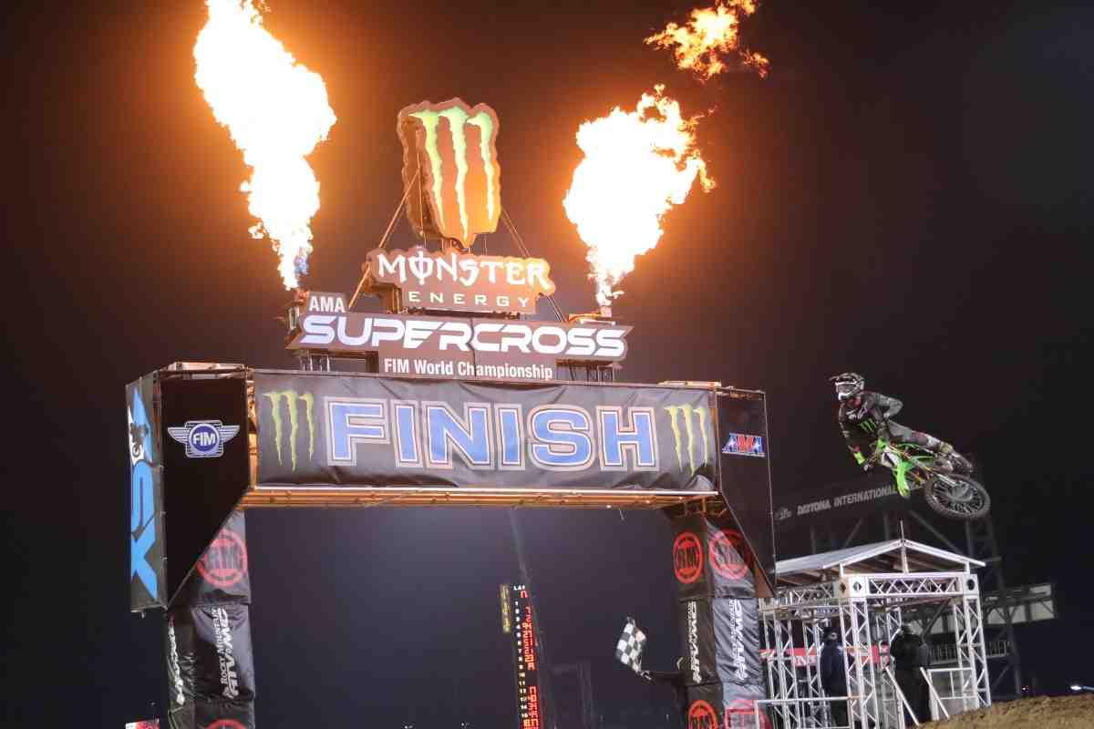 AMA Supercross: Daytona 450SX - Когда победа в квалификации и Holeshot ничего не значат