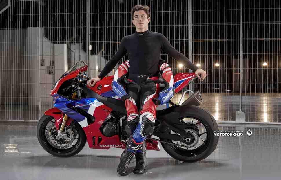 10 технологий MotoGP в двигателе Honda Fireblade CBR1000RR-R (2020)