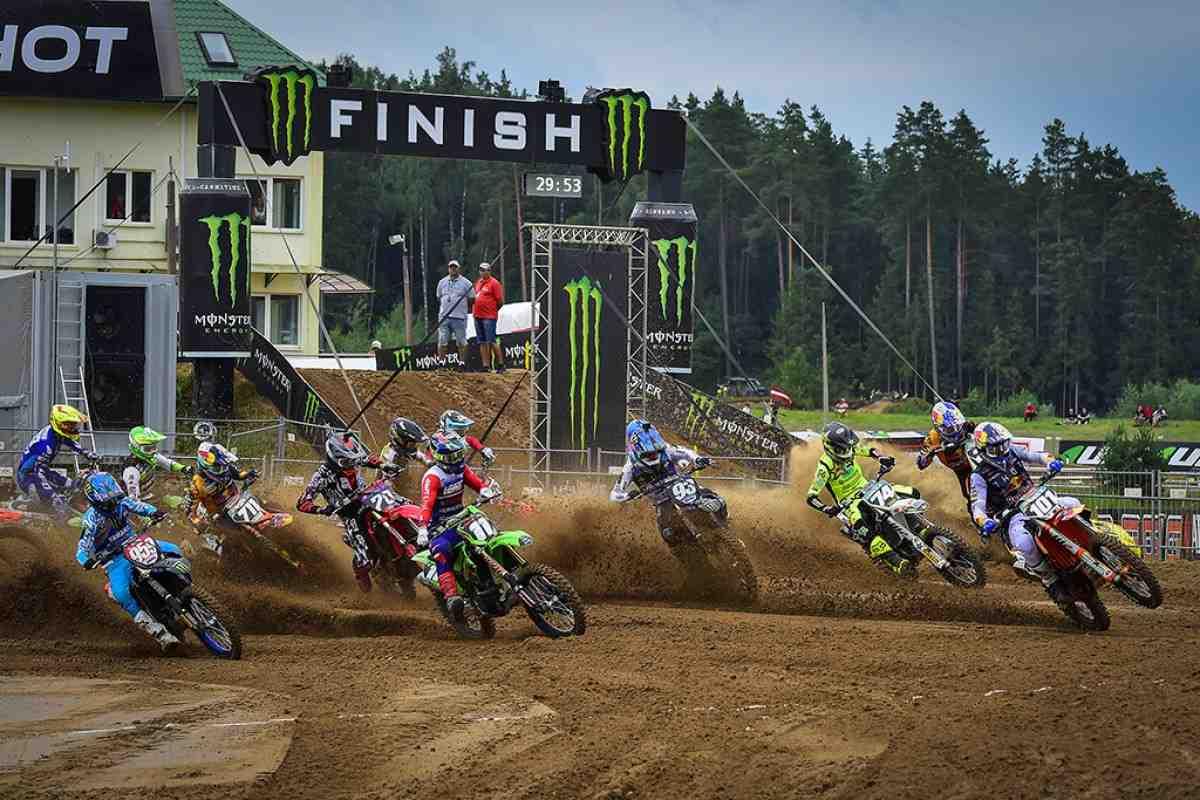 Мотокросс: видео Гран-При Латвии MXGP/MX2 - Кегумс