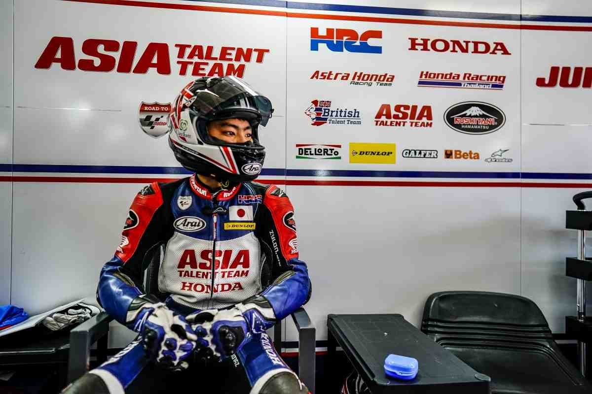 Еще одним японцем в Moto3 станет больше: Honda Team Asia примет пополнение на Гран-При Франции