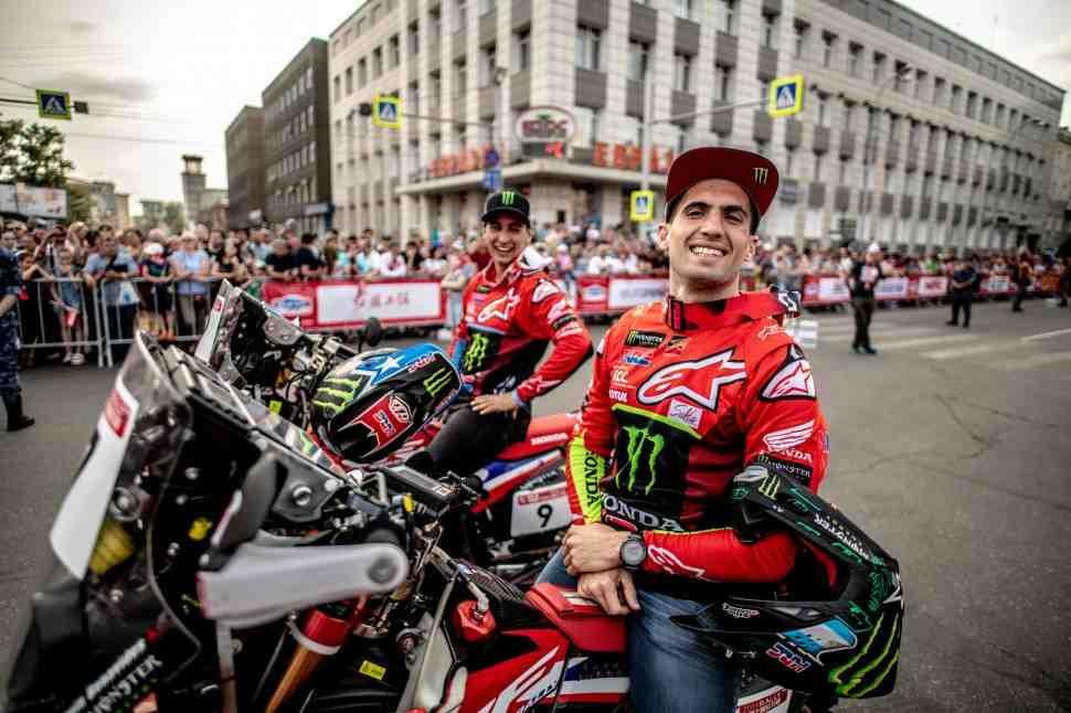 Silk Way Rally 2019: Monster Energy Honda Team доминирует по прибытию в Монголию