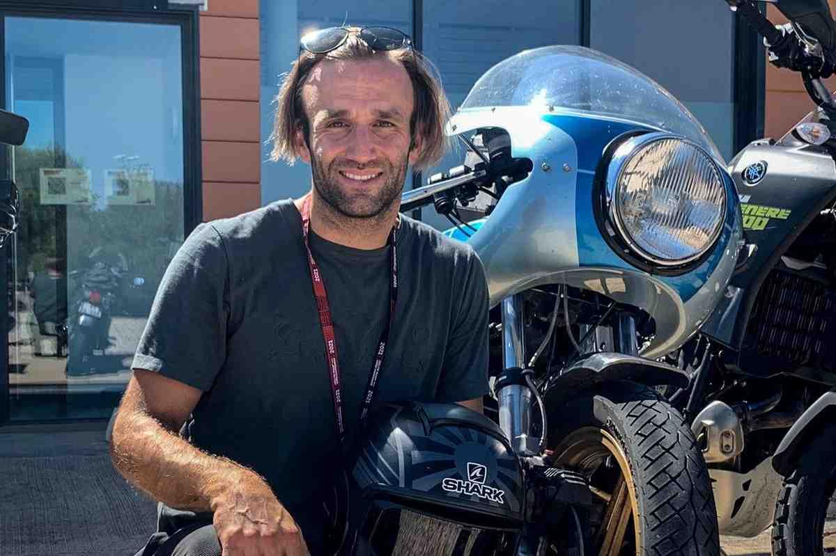 MotoGP: Жоан Зарко успешно добрался от дома до Motorland Aragon на винтажном мотоцикле Ducati