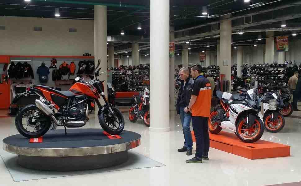 Дерзкие цены на новые мотоциклы KTM Duke и RC: от 159000 рублей
