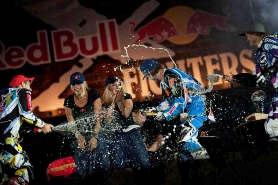 FMX: Нейт Адамс - чемпион Red Bull X-Fighters 2009