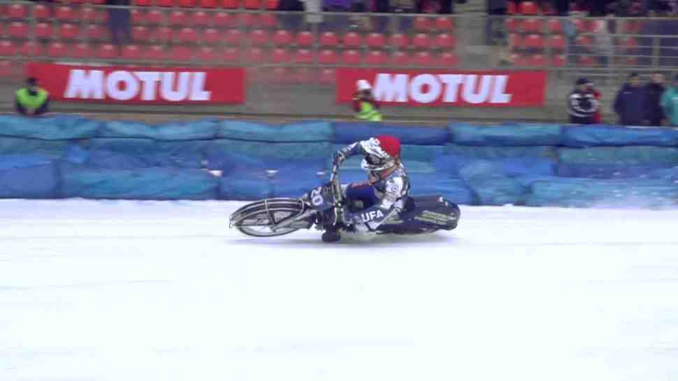 Ice Speedway Gladiators: видео - неповторимый стиль Николая Красникова