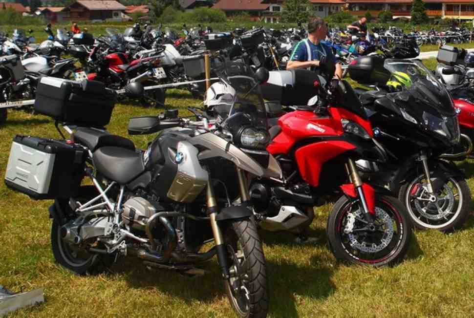 Итоги продаж мотоциклов в России: рынок упал на треть