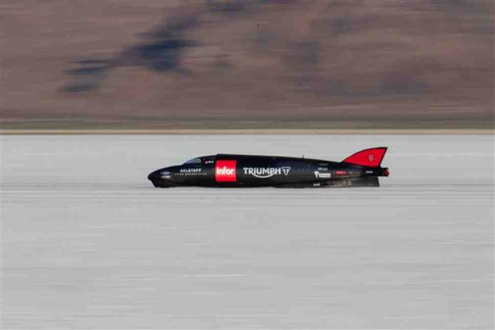 Мартин установил новый рекорд скорости на Triumph 438.7 км/ч в Бонневиле