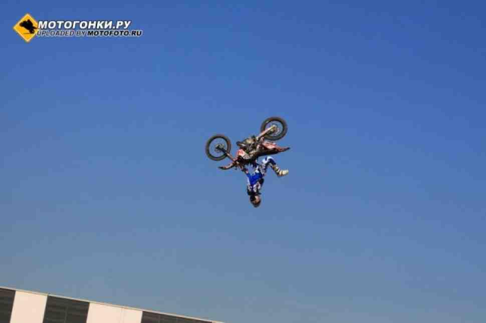 Мотофристайл: бэк-флип на квадроцикле