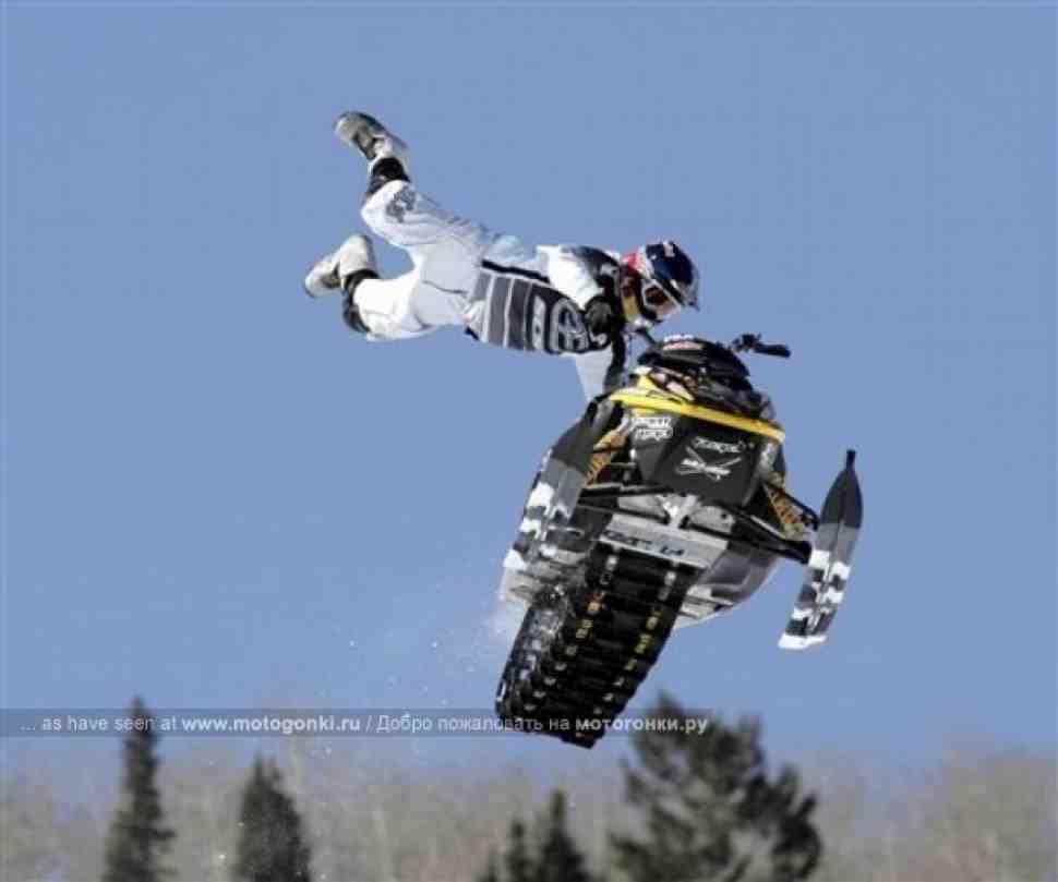 Мотофристайл на снегоходах: революция от Red Bull (видео)