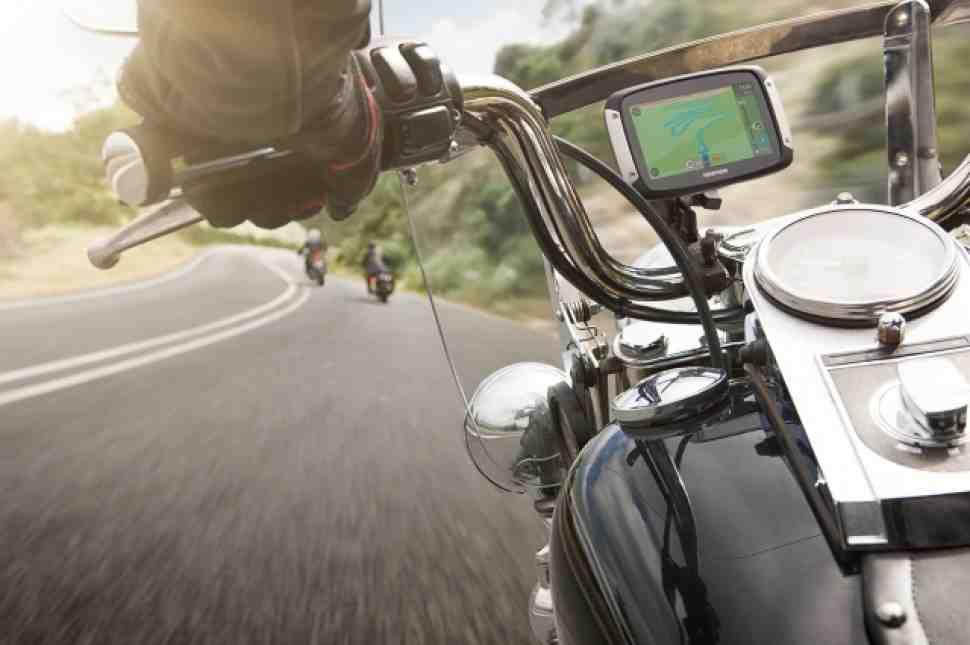 Обзор: принципиально новый TOMTOM Rider 400 Sat Nav