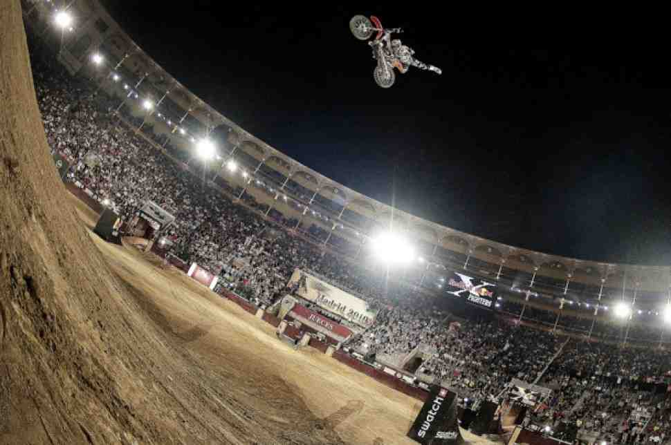 Red Bull X-Fighters: Мадрид - видео и результаты