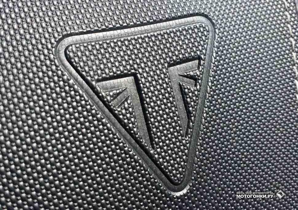 ТЕСТ-ДРАЙВ: Triumph Speed Triple 1050S – Сильный наркотик