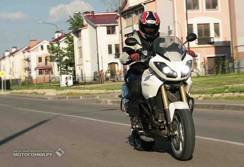 ТЕСТ-ДРАЙВ: Triumph Tiger 1050 ABS (2007) - Тигр-альбинос