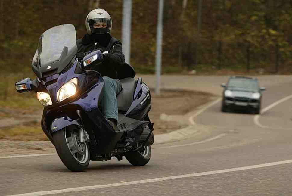 Тест-драйв: все, что надо знать о Suzuki Burgman 650