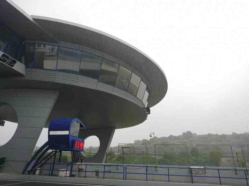 Тесты WSBK и MotoGP в Хересе остановлены из-за проливного дождя