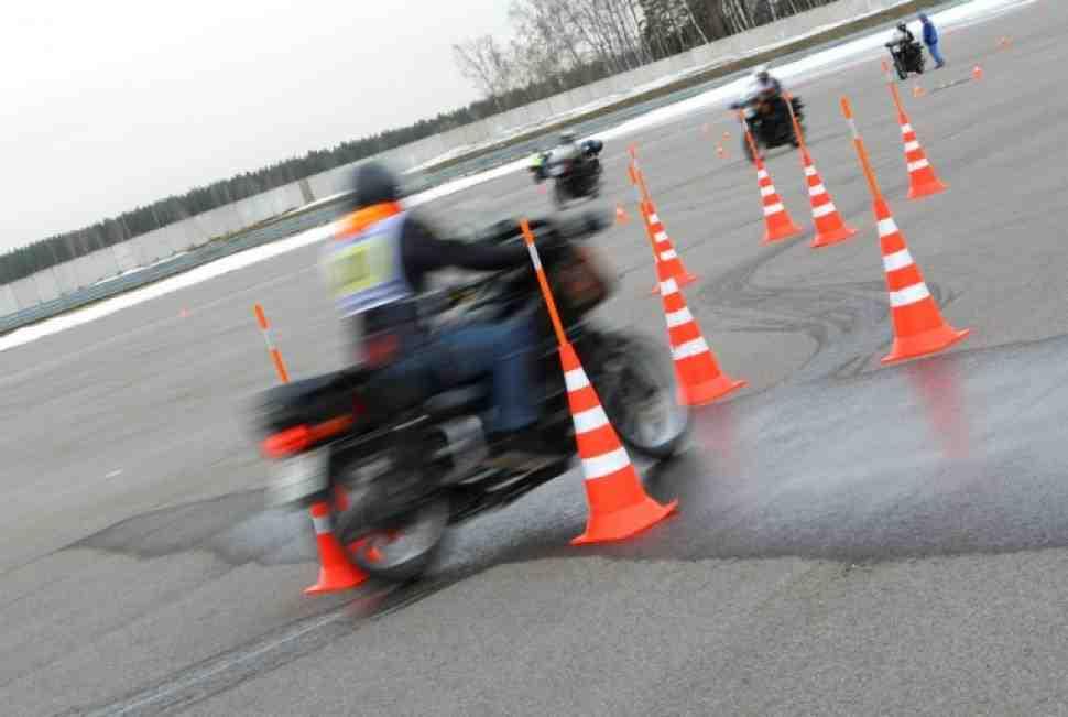 Умеете ли вы управлять мотоциклом?