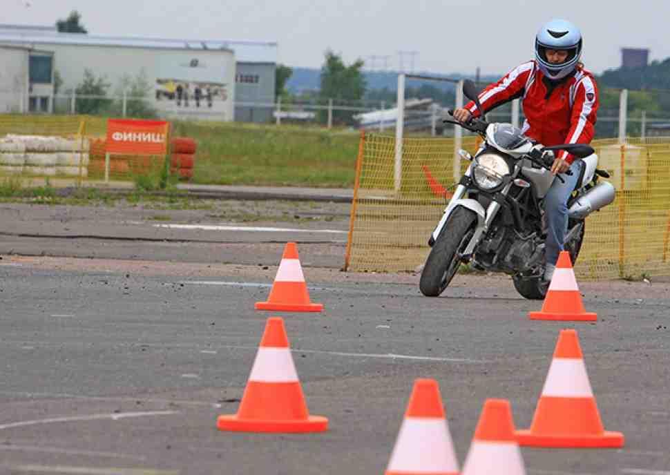 В России появилась первая авторизованная мотошкола Ducati