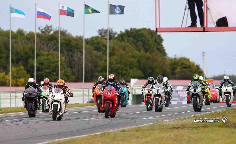 White Cup 2016 приковал внимание любителей мотогонок со всей страны