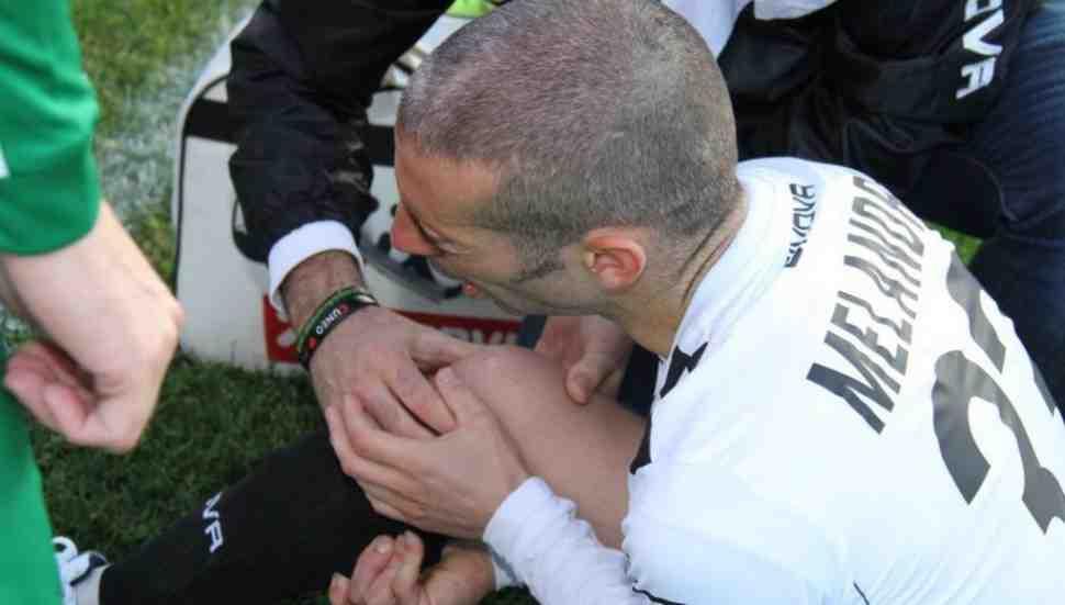 WSBK: Марко Меландри повредил колено, играя в футбол